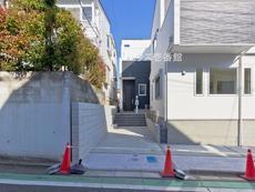 さいたま市緑区東浦和3丁目 全3棟 2号棟【D-0513416】のサムネイル
